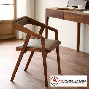Kursi Cafe Kayu dengan Sandaran
