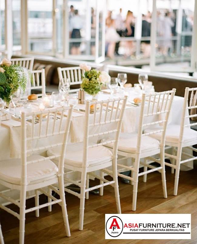 jual Kursi Tiffany putih