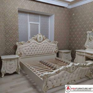 Tempat Tidur Mewah Klasik Warna Putih